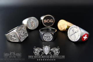 Custom Signet & Coat Rings