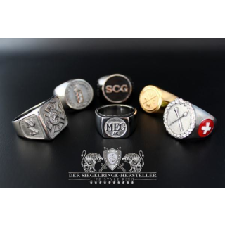 Would you like a signet ring with your own...