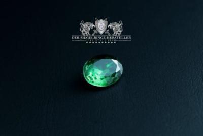 """F207"" Frigate Bremen Coat Navy Signet Ring size 61 emerald green"