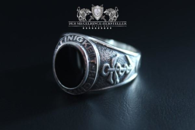 Traditional ring of German navy medical service
