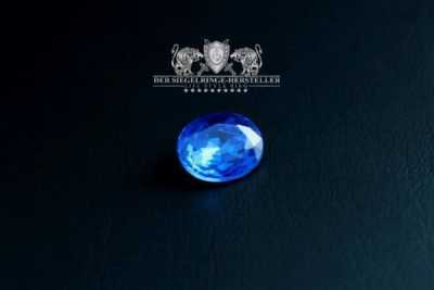 Traditional ring of sailors size 69 sapphire blue