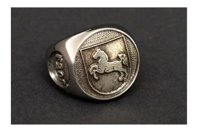 """F208"" Frigate Niedersachsen Coat Navy Signet Ring Size 66"