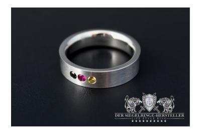 Custom Signet Ring of Silver